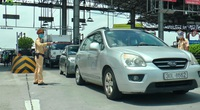 Hà Nội: Bố trí chốt trực nhiều tầng lớp, kiểm soát phương tiện ra vào thành phố