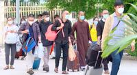 Nhiều tình nguyện viên đến từ các tôn giáo tham gia tuyến đầu chống dịch