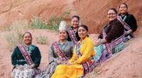 """Khách du lịch bị mê hoặc bởi bí mật của bộ lạc """"Những người nói chuyện bằng mật mã Navajo"""" nổi tiếng"""