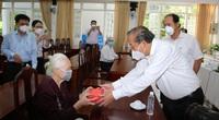 Phó Thủ tướng thăm Mẹ Việt Nam Anh hùng, thương binh, cán bộ lão thành cách mạng TP.HCM