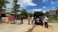 Đắk Lắk: Món quà từ những người cầm bút đến với người dân vùng tâm dịch Covid-19