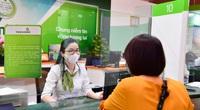 Thu dịch vụ tăng mạnh, Vietcombank lãi sau thuế hơn 10.000 tỷ và nợ xấu lộ diện