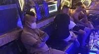 """""""Thánh chửi"""" Dương Minh Tuyền bị bắt quả tang """"thác loạn"""" trong quán karaoke"""