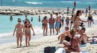 Mỹ: Hawaii quá tải khách du lịch, khiến giới chức phải có động thái lạ