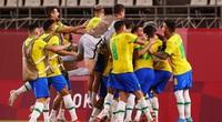 Ảnh: Dani Alves cùng Olympic Brazil tiến thẳng vào chung kết sau loạt luân lưu dễ dàng