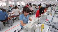 TT-Huế: Một doanh nghiệp tiếp nhận và hỗ trợ lao động ngành may hồi hương