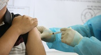 Công tác tiêm vaccine Covid-19 ở Bình Dương bị chậm do thiếu nhân lực