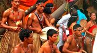 """Dominica - Truyền thuyết về thuyền độc mộc """"có linh hồn"""" của thổ dân Kalinago"""