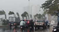 Bão số 5 Côn Sơn vào gần bờ hầu như ít dịch chuyển, miền Trung hứng mưa lớn