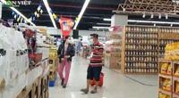 """Bất ngờ cảnh vắng vẻ bên trong siêu thị tại """"vùng xanh"""" TP.HCM vừa mở cửa"""