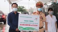 ThaiBinh Seed tặng quà cho tuyến đầu phòng, chống dịch covid-19