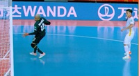 Ngoài VS, ĐT futsal Việt Nam mất bàn thắng bởi... 1 cái giằng sắt