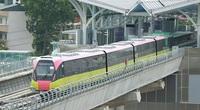 Cận cảnh đoàn tàu tuyến metro Nhổn - ga Hà Nội chạy trên đường ray