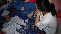 Nhân viên tiệm vàng lấy cắp nữ trang ở Bình Phước: Khám xét nhà phát hiện hàng trăm giấy tờ cầm đồ