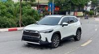 """Rao bán 2 tháng không """"trôi"""", Toyota Corolla Cross lướt xuống giá bất ngờ"""
