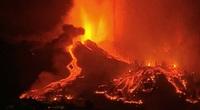 Video: Kinh hoàng núi lửa phun trào ở Tây Ban Nha