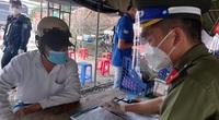 Nhân viên y tế ở Bình Dương tự sửa giấy xét nghiệm Covid-19 để đi vào TP.HCM