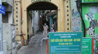 Có nên duy trì các chốt kiểm soát Covid-19 khu vực dân cư ở Hà Nội?