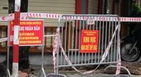 Phát hiện ca F0 treo cổ, 3 tiệm vàng cùng phố bị phong tỏa khẩn cấp