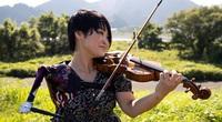 Người phụ nữ mất một cánh tay trở thành y tá, vận động viên, nghệ sĩ violin