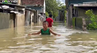 Nước lũ lên nhanh, nhiều xã tại huyện Quỳnh Lưu ngập sâu trong biển nước