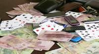 Hà Tĩnh: Bắt 7 con bạc, thu gần 100 triệu đồng