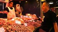 """Tây Ban Nha:  """"Chợ ướt"""" giữa thành phố"""