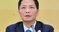 Vụ xe biển xanh đón người nhà: Bộ trưởng Trần Tuấn Anh nói gì?