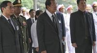 ẢNH: Thủ tướng Campuchia Hun Sen viếng nguyên Chủ tịch nước Lê Đức Anh