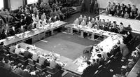 Từ chiến trường đến bàn đàm phán: Kỳ 2: Cái lý của nước lớn