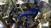 Ngư dân vớt được hàng trăm mảnh vỡ nghi của máy bay CASA-212