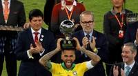 Vô địch Copa America, Dani Alves lập kỷ lục siêu khủng