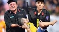 Biểu dương 5 chiến sĩ cứu sống cháu bé tại sân Thiên Trường