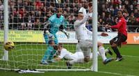 Hậu trận Swansea-MU: Cảnh sát mở cuộc điều tra