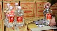 Quảng Ninh: Đại lý Rượu nếp 29 Hà Nội giao nộp 357 can rượu