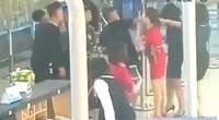 Tin mới vụ gây rối tại sân bay: Nhóm thanh niên đã đánh 2 nữ nhân viên