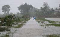 Hồ chứa đồng loạt xả lũ, nhiều nơi ở Hà Tĩnh ngập sâu, bị cô lập