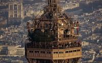 Ít người biết trên đỉnh tháp Eiffel có một căn hộ bí mật như thế này?