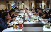 TP.HCM kiến nghị hàng quán được phục vụ ăn uống tại chỗ