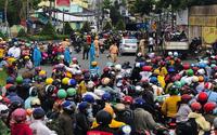 Hơn 350.000 lao động về quê, Chủ tịch các tỉnh, thành ở miền Tây lo tìm cách giải quyết việc làm