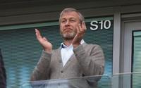 Tỷ phú Anh từng muốn mua đứt Chelsea của Roman Abramovich là ai?