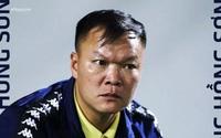 """Cựu thủ môn Dương Hồng Sơn: Thành công nhờ không """"quay xe"""" vì tiền"""