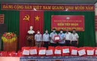 Đắk Lắk: Tặng quà nông dân gặp khó khăn do ảnh hưởng dịch Covid-19