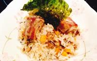 Cơm sườn nấm: Món ngon 3 trong 1 cho người bận rộn