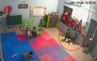 Xôn xao clip cô giáo bỏ ra ngoài, cháu bé ở Bắc Giang bị bạn đánh đập tại trường mầm non