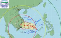 Tin mới nhất: Vùng áp thấp trên biển Đông mạnh lên thành áp thấp nhiệt đới, cảnh báo thời tiết nguy hiểm