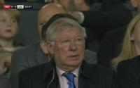 Chứng kiến M.U bị Liverpool vùi dập, Sir Alex Ferguson chán nản đến cỡ nào?