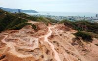 Lở núi ở cửa ngõ Quy Nhơn: 'Bức bối' âm ỉ, đe dọa cả tính mạng... nhưng chưa tháo gỡ