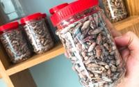 Mứt hạt bàng đặc sản một ký giá nửa triệu đồng