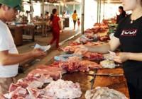 Giá lợn hơi Lào Cai tăng gần 10.000 đ/kg, lợn ngon giá 52.000 đ/kg